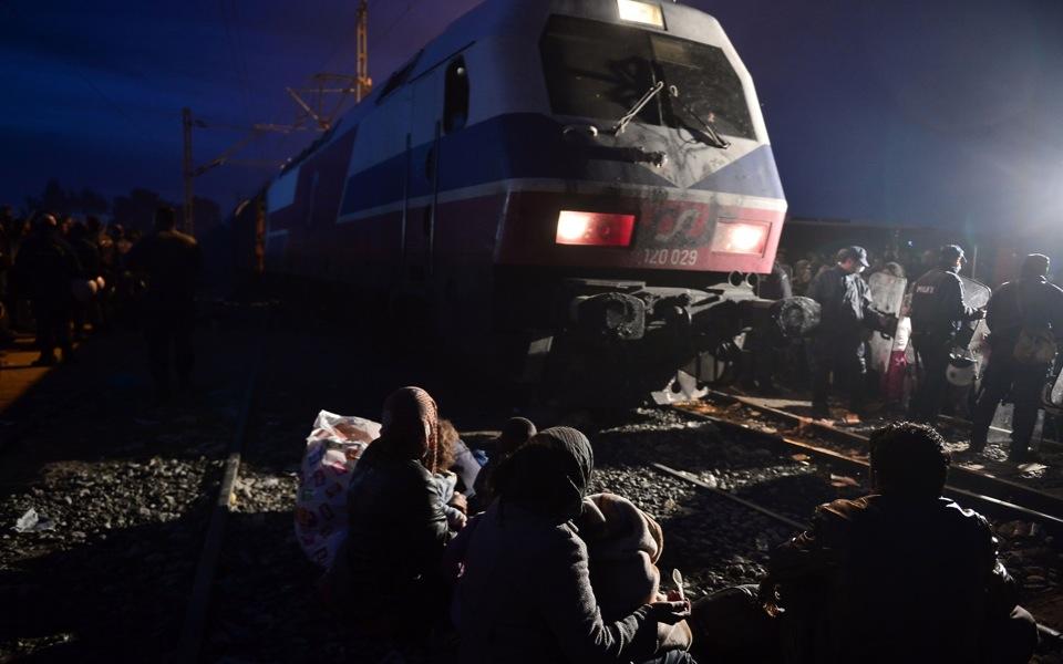idomeni_train_web