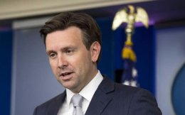 josh-earnest_whitehouse-web