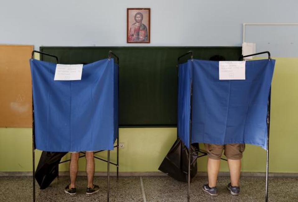 pollingbooths_referendum_web