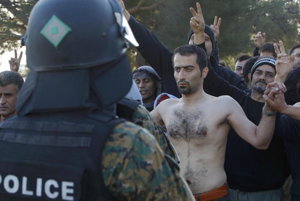 migrants_border_web