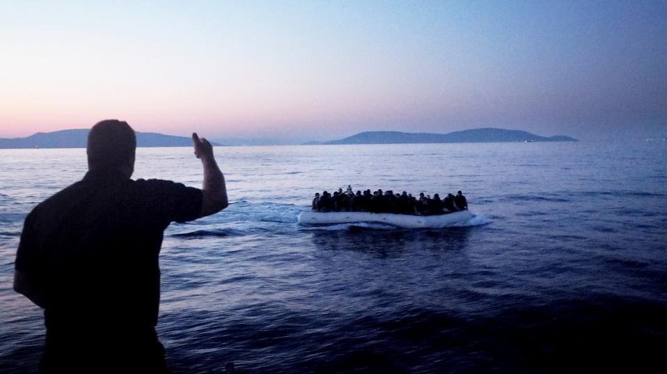 migrants_boatjpg