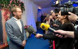 Bjoern Ulvaeus talking to the media at the restaurant's opening.
