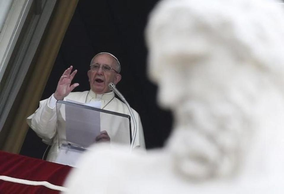 pope_vatican_web