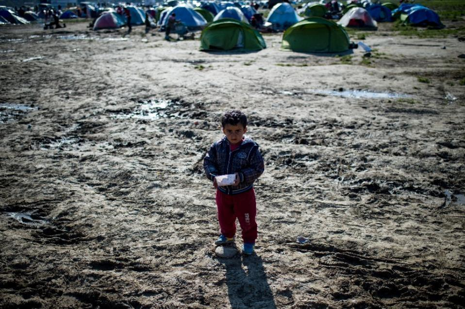 idomeni_boy_web
