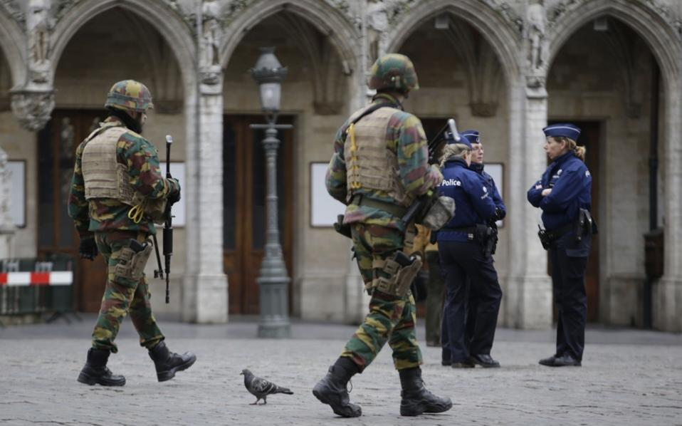 soldiers_brussels