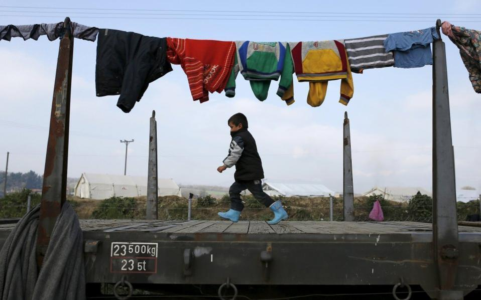 child_idomeni_web--2-thumb-large