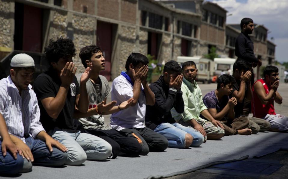 afghans_ramadan_piraeus