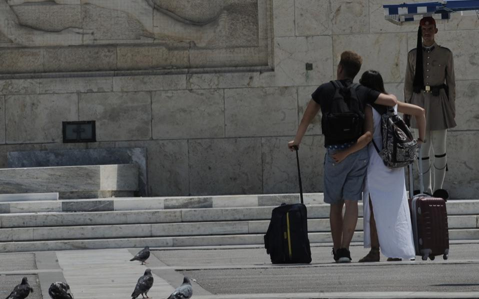 heat_wave_tourists