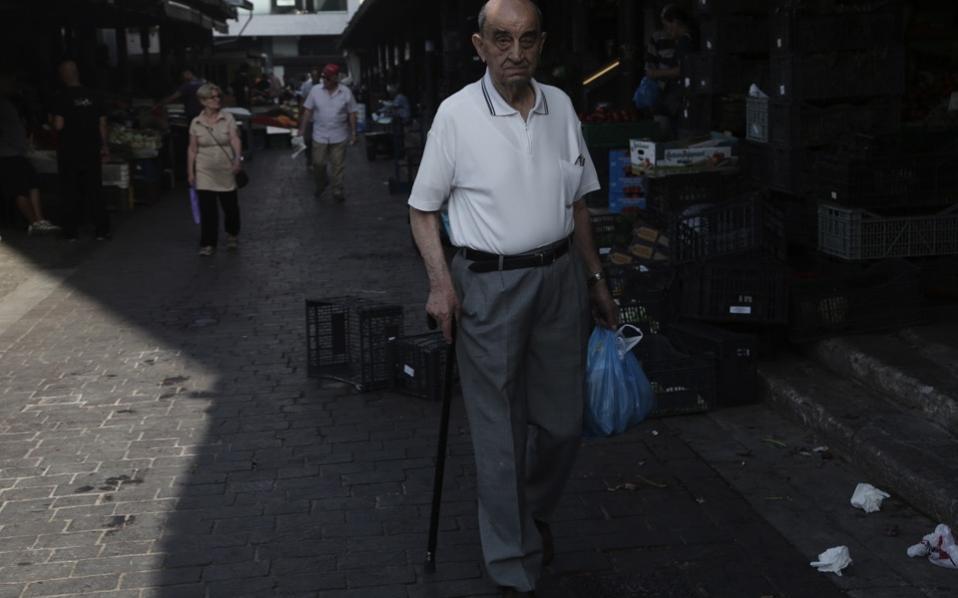 pensions_man_web