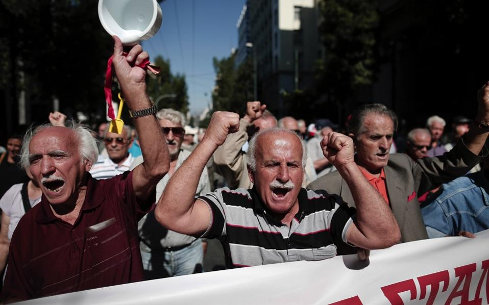 pensions_protest_web