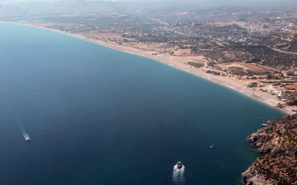 rhodes_beach