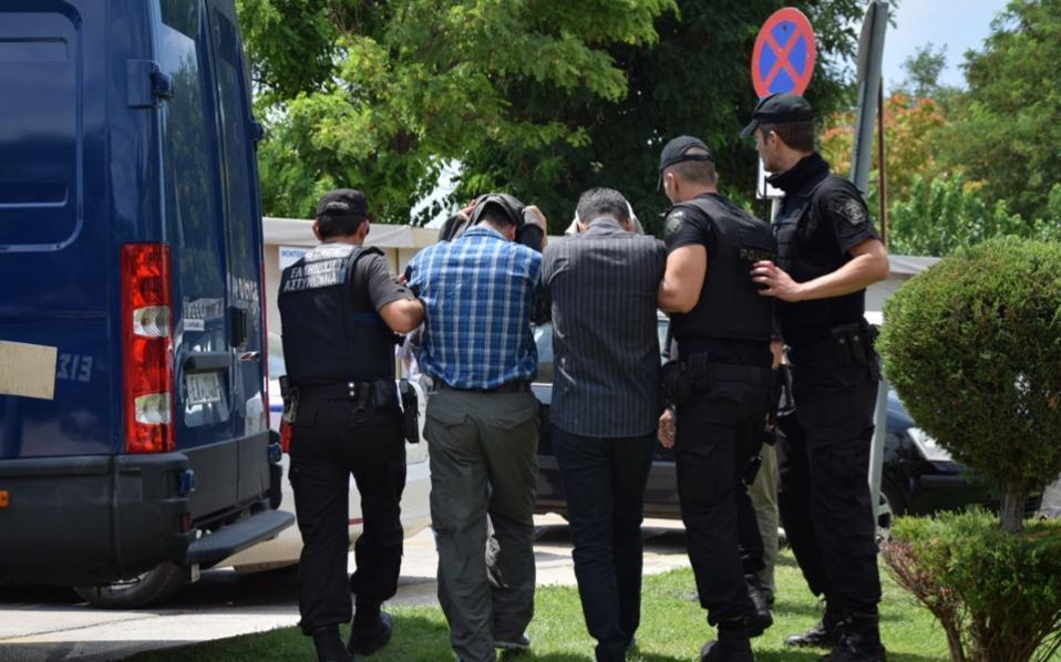 turkish_officers_alexandroupoli