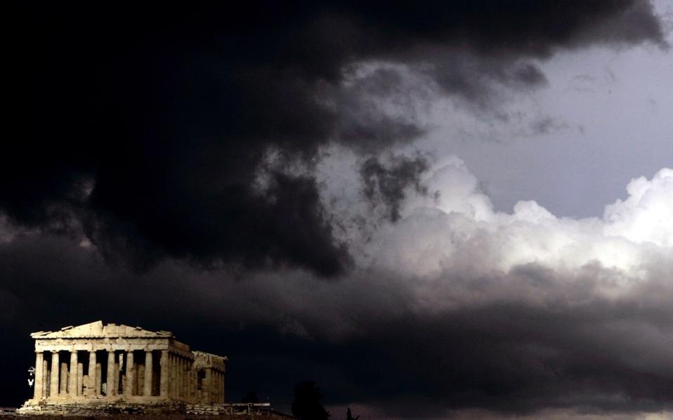 acropolis_clouds