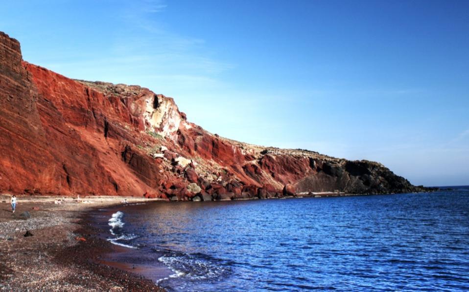 red_beach_santorini2
