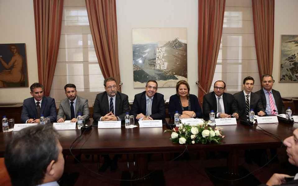 astir_palace_signing_web