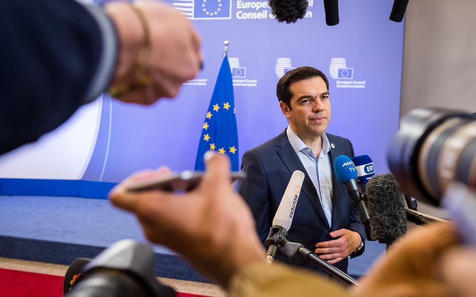 tsipras_press_mikes