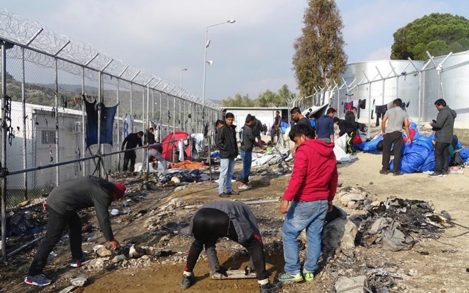 refugees_moria_web