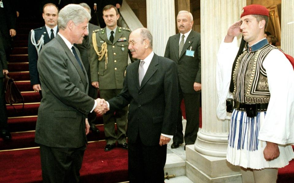 Costis Stephanopoulos greets Bill Clinton during the latter's official visit to Athens in 1999.