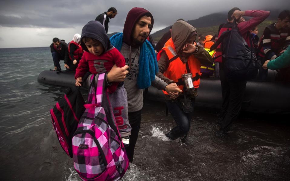 refugees_lesvos_skalasikamnias_web