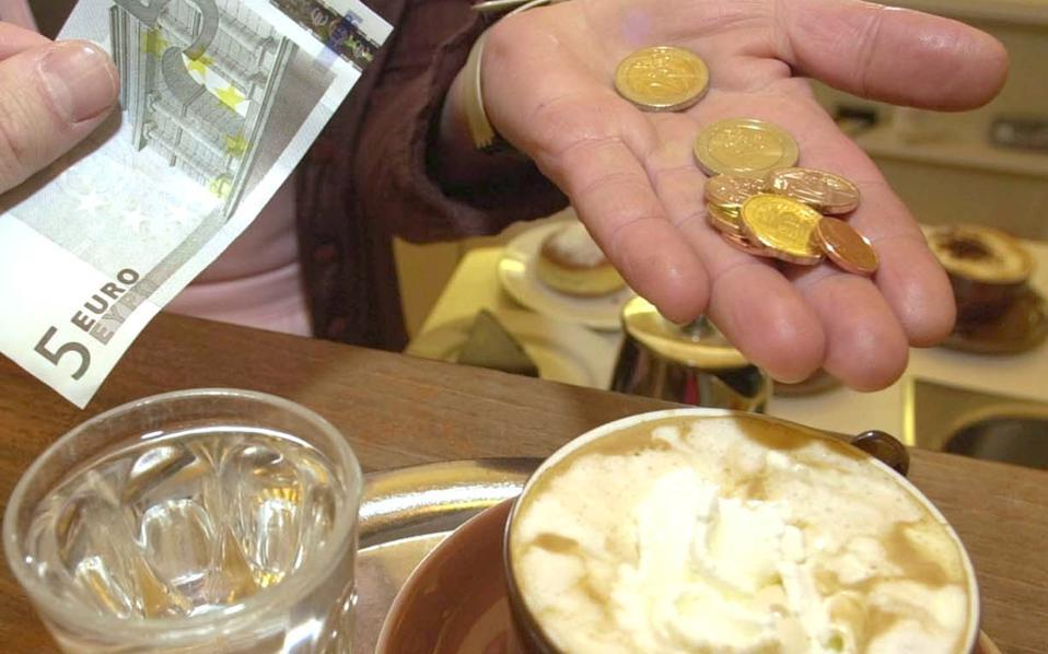 In Greece, tipping is common in restaurants and the entertainment sector, in taxis, hair salons and sometimes for manual labor.