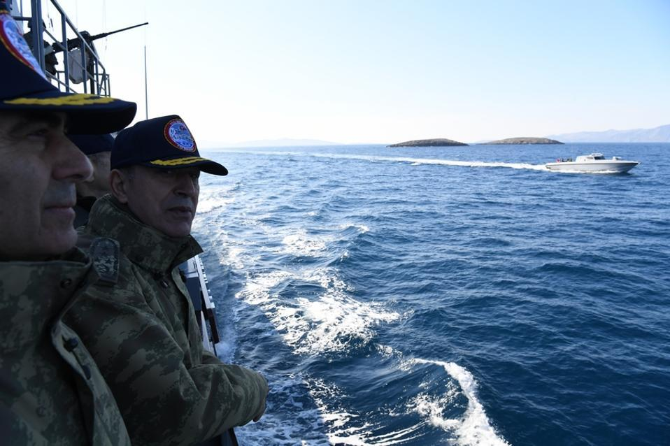 Turkish gunboat with army chief sails into Greek waters