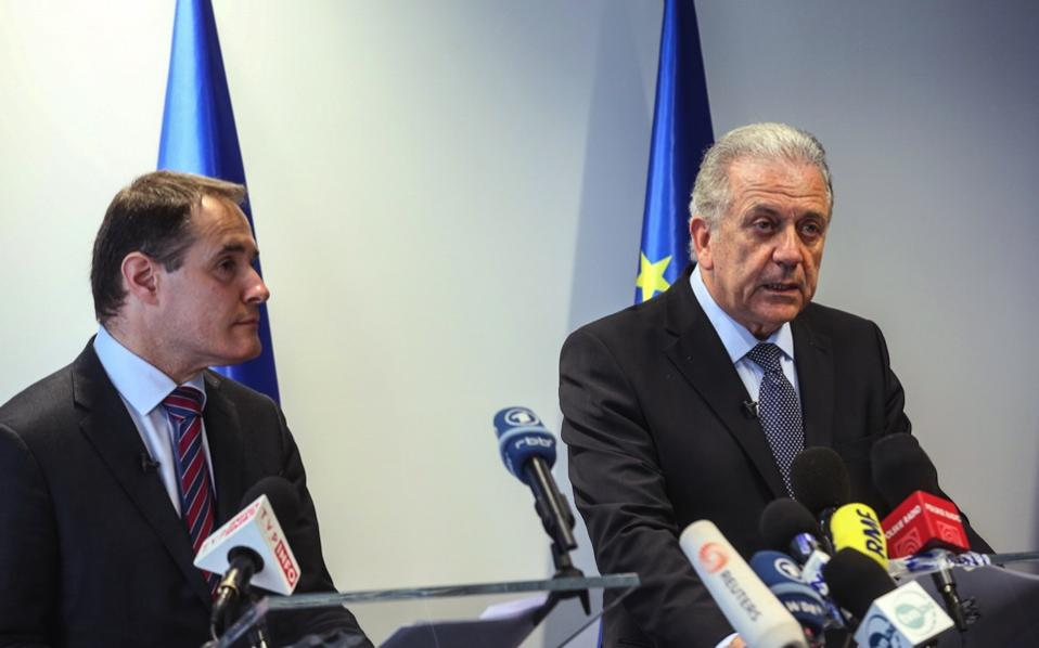 EU Commissioner for Migration, Home Affairs and Citizenship, Dimitris Avramopoulos (r) and Executive Director of Frontex, Fabrice Leggeri (l) address a joint press conference at the Frontex headquarters in Warsaw, Tuesday.