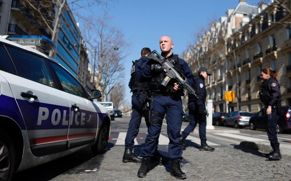 paris-imf-bomb_web