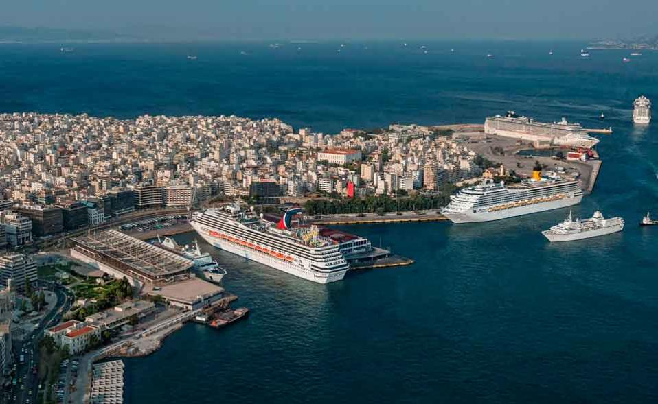 piraeus_cruise_ships_web