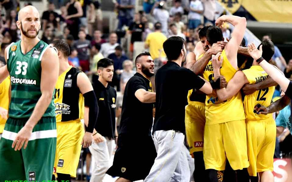 aek_beats_pao_basketball_web