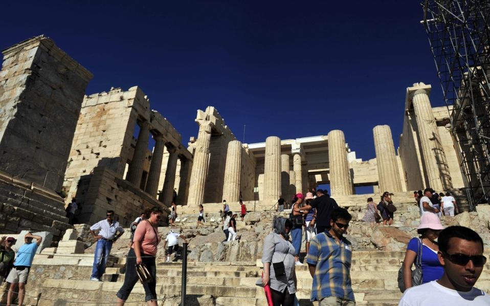 tourism_acropolis_2_web-thumb-large