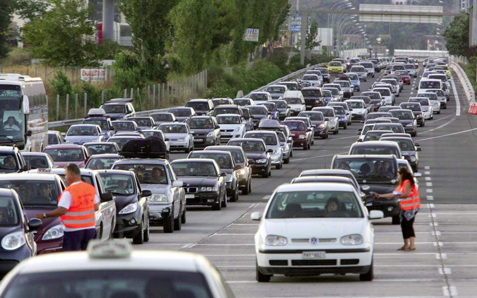 highway_cars_traffic_web