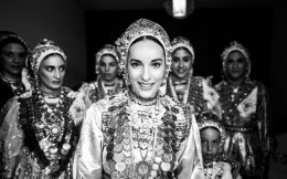 A bride in traditional dress in Diafani in Karpathos. [Pculiar.com]
