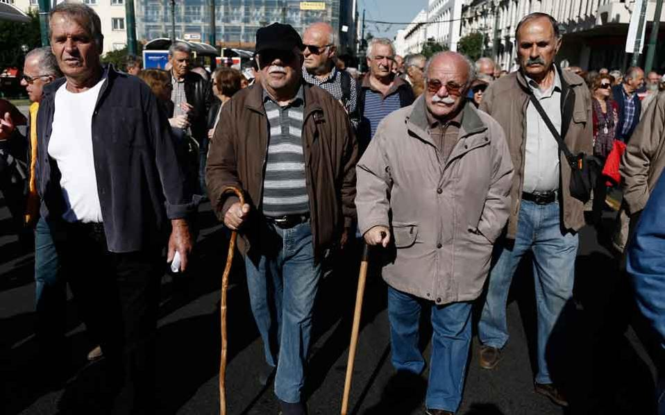 pensioners_marching_web