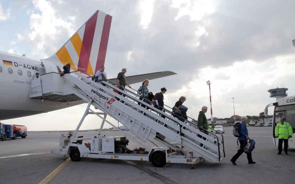 iraklio_airport_arrivals_web