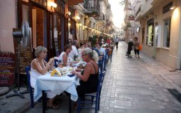 restaurant_tourists_nafplio_web