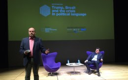 NYT CEO Mark Thompson (l) and Kathimerini Executive Editor Alexis Papachelas (r) held a discussion on political language at the Stavros Niarchos Cultural Center on Friday.