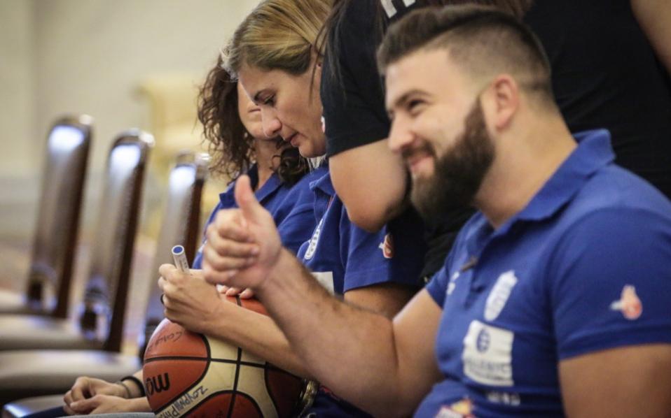 deaf_basketball