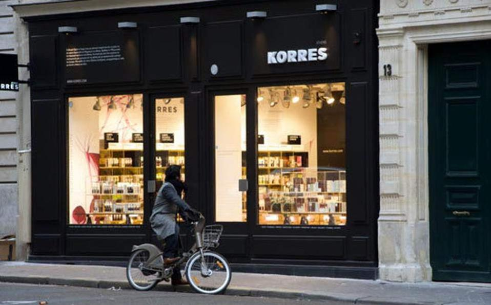27korres_stores22-thumb-large