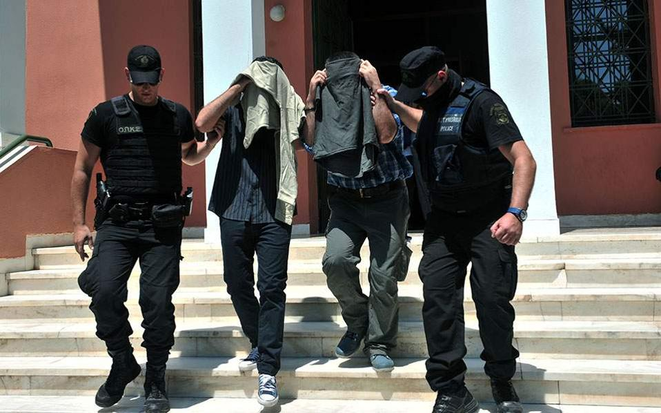 Greek gov't asks for Turk officer's asylum to be recalled