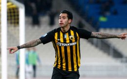 Sergio Araujo scored twice for AEK against PAS Giannina.