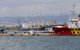 The port of Elefsina is among the 10 regional ports to be privatized.
