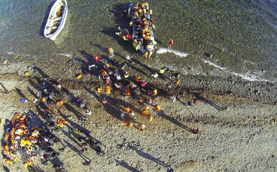 migrants-aerialview
