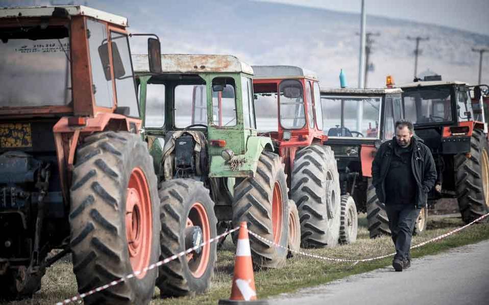 tractors_web