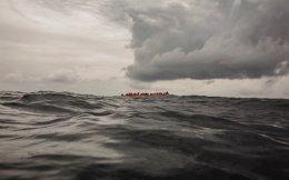 refugee_boat