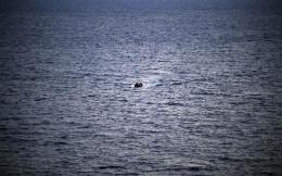 migrant_boat_web--2