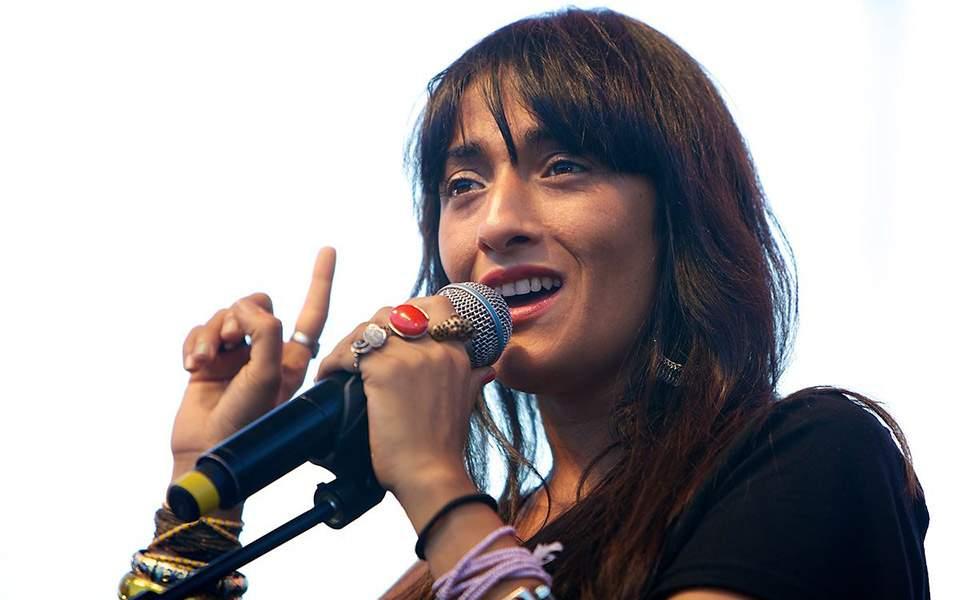 hindi-zahra_2010