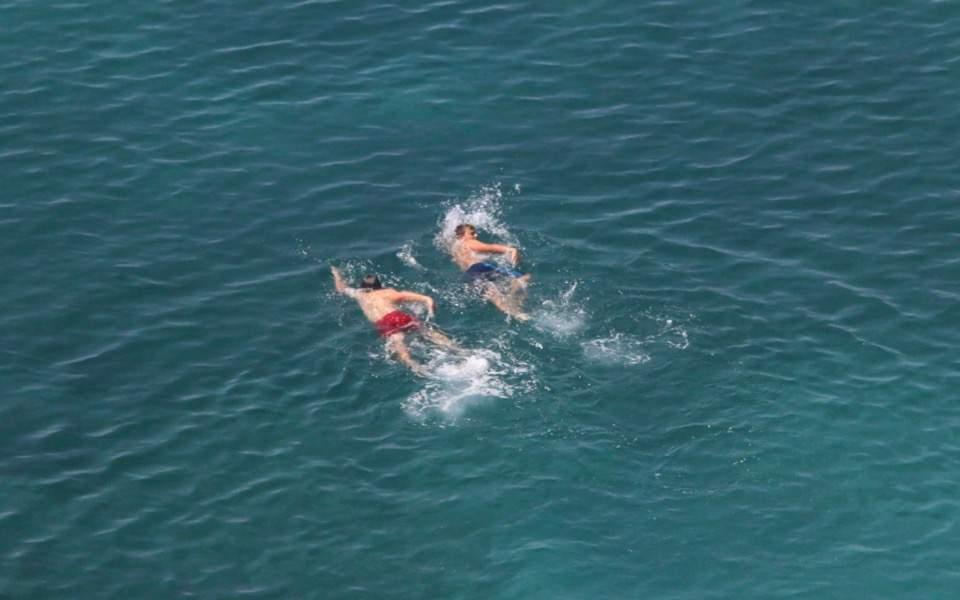 sea_swimming_summer