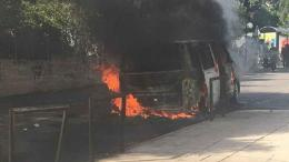 van_burning_web