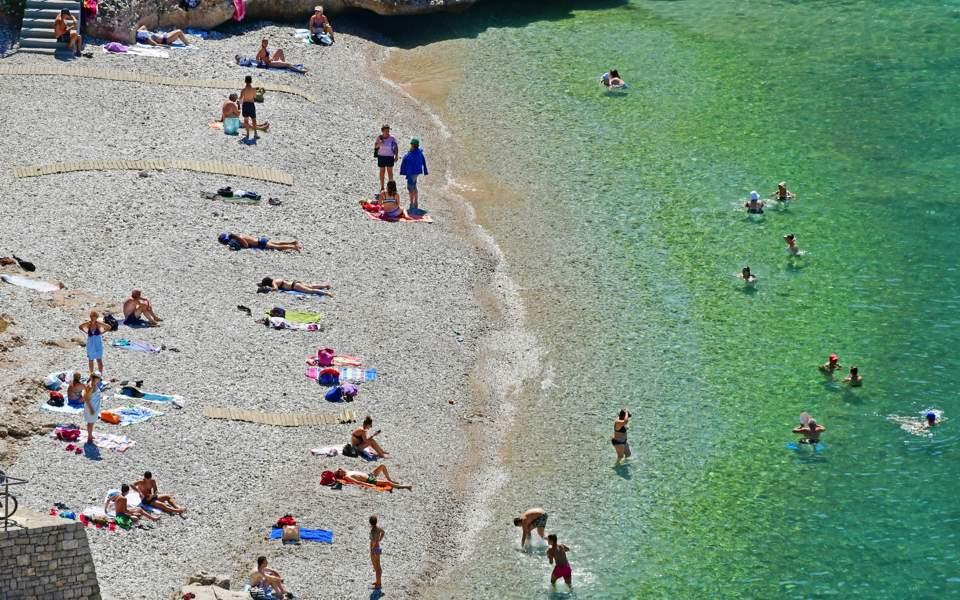 beach_nafplio_web