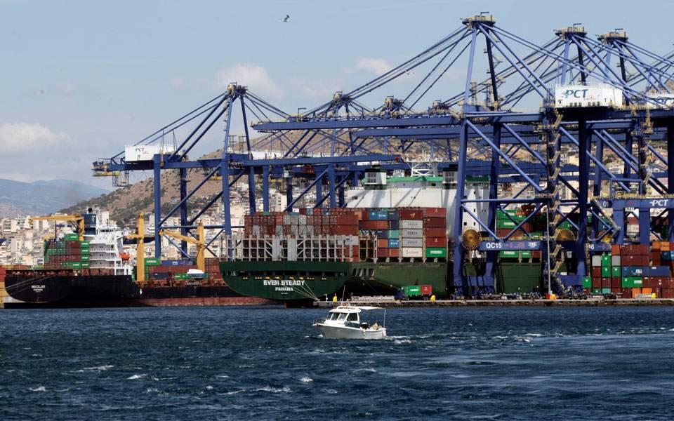 piraeus-port